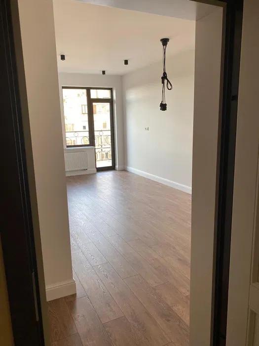 продажа однокомнатной квартиры номер A-157468 в Приморском районе, фото номер 4